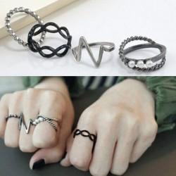 4 db divatos punk Női Fekete Ezüst színű gyűrű