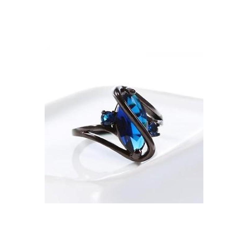 75036bf8a0 ... Esküvői ékszer fülbevaló kristály fekete arany kitöltve kék zafír ...