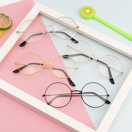 Divatos szemüvegkeretek, szemüveg keret – Kiss Optika