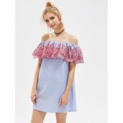 Fűzőlyuk hímzett nyakfodor Bardot csíkos ruha