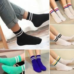 1 pár Divatos férfi női sportos pamut színes unisex zokni