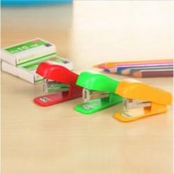 1PC irodai diákiskola Kezdőlap Mini rajzfilm papír dokumentum tűzőgép tűzőkapcsokkal 1PC irodai diákiskola Home Mini
