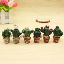 1db Szimuláció kaktusz kulcstartó autós zsák kulcstartók kézitáska aranyos medál dekoráció