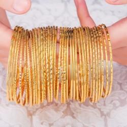 1 db luxus Dubai Arany színű női 2mm vékony karkötő divatos ékszer ajándék kiegészítő