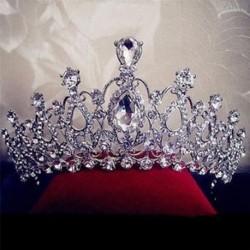 Menyasszonyi esküvői kristály strasszos haj fejpánt korona fésű Tiara Prom Pageant