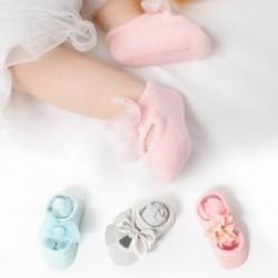 1x Baba aranyos csúszásmentes, lélegző, láthatatlan papucs zokni ruha újszülött csipke minta