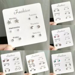 6 pár / készlet Heti Aranyos Fényes fülbevaló Csillagok Szív Crytal Fashion Stud Egyszerű, elegáns ékszer