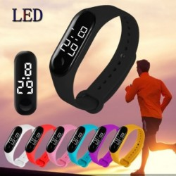 Vízálló LED elektronikus érintőképernyős óra divatos hallgatói szerető úszó ajándékóra