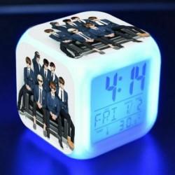 BTS csoportképes - Színváltós LED ébresztőóra naptárral és hőmérővel - KPOP - BTS - Bangtan Boys - 7
