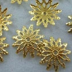 Nincs szín - Nagykereskedelmi 150db sárga arannyal bevont virággyöngy sapka ékszerészi leletek 12mm