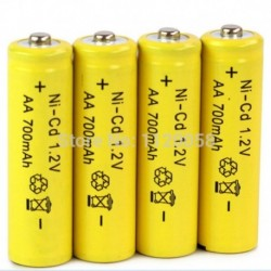 500-szor újratölthető AA elem 4 db / tétel 700mAh 1,2 V-os Ni-CD 2A semleges akkumulátor RC vezérlő játékok